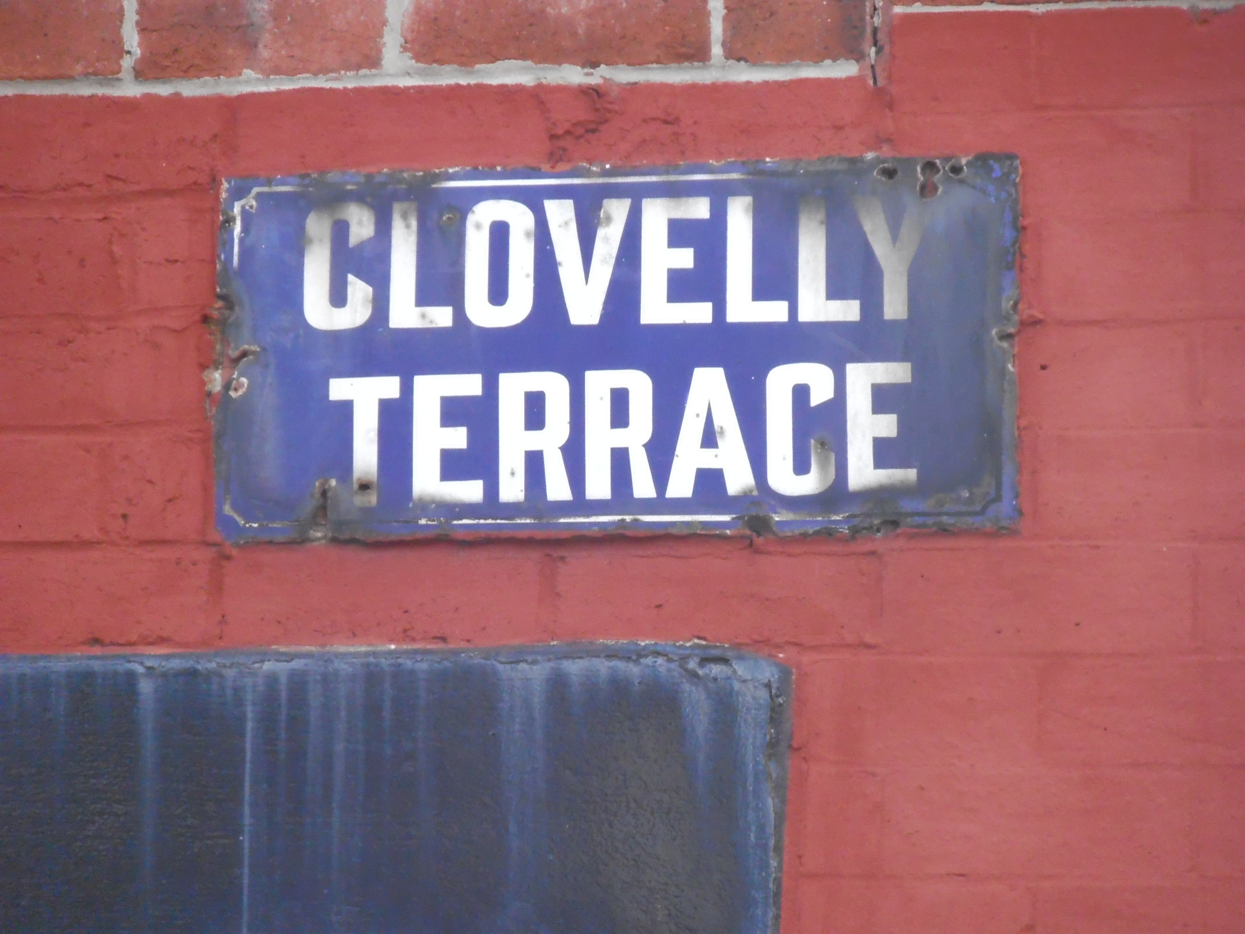 Clovelly Terrace.jpg