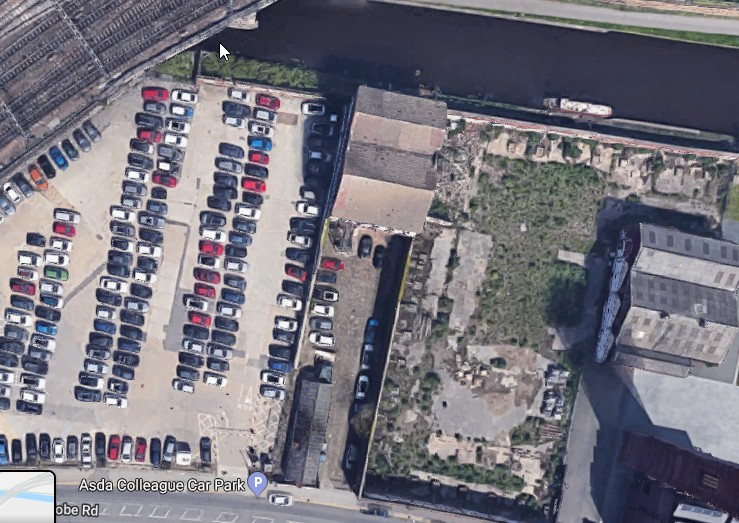 aerial view of probable ex turner factory by Leeds.Liv canal.jpg