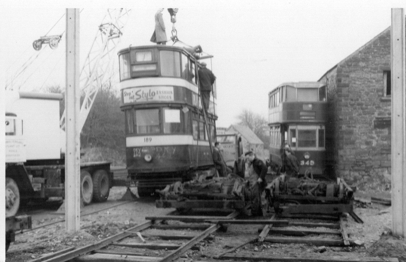 189 arrives at CRICH.png