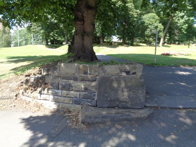 LocationOfBenchMarkLovellParkNorthStreetLeedsJuly192016.jpg