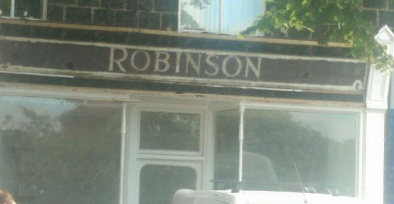 Robinson.png